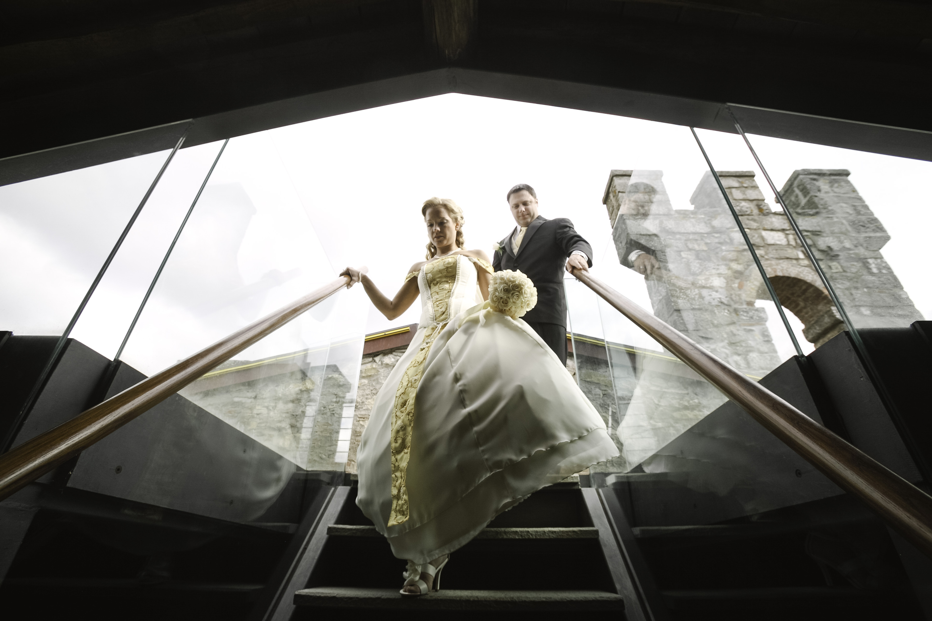 Bridal couple in Castellina Town Hall