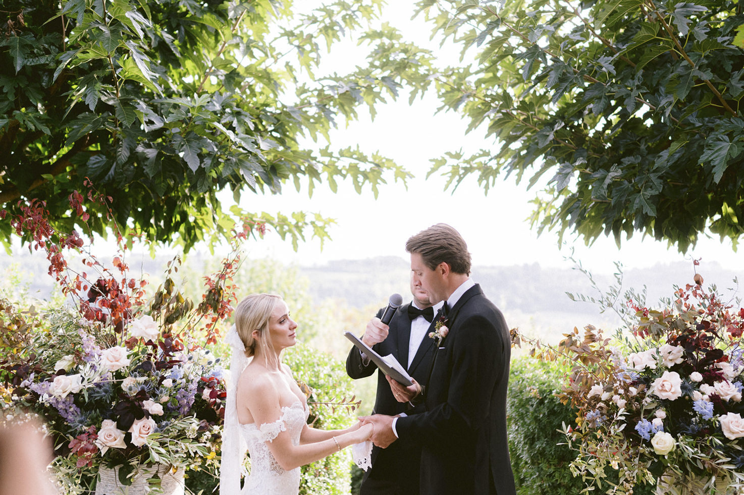 Wedding ceremony at Borgo Petrognano