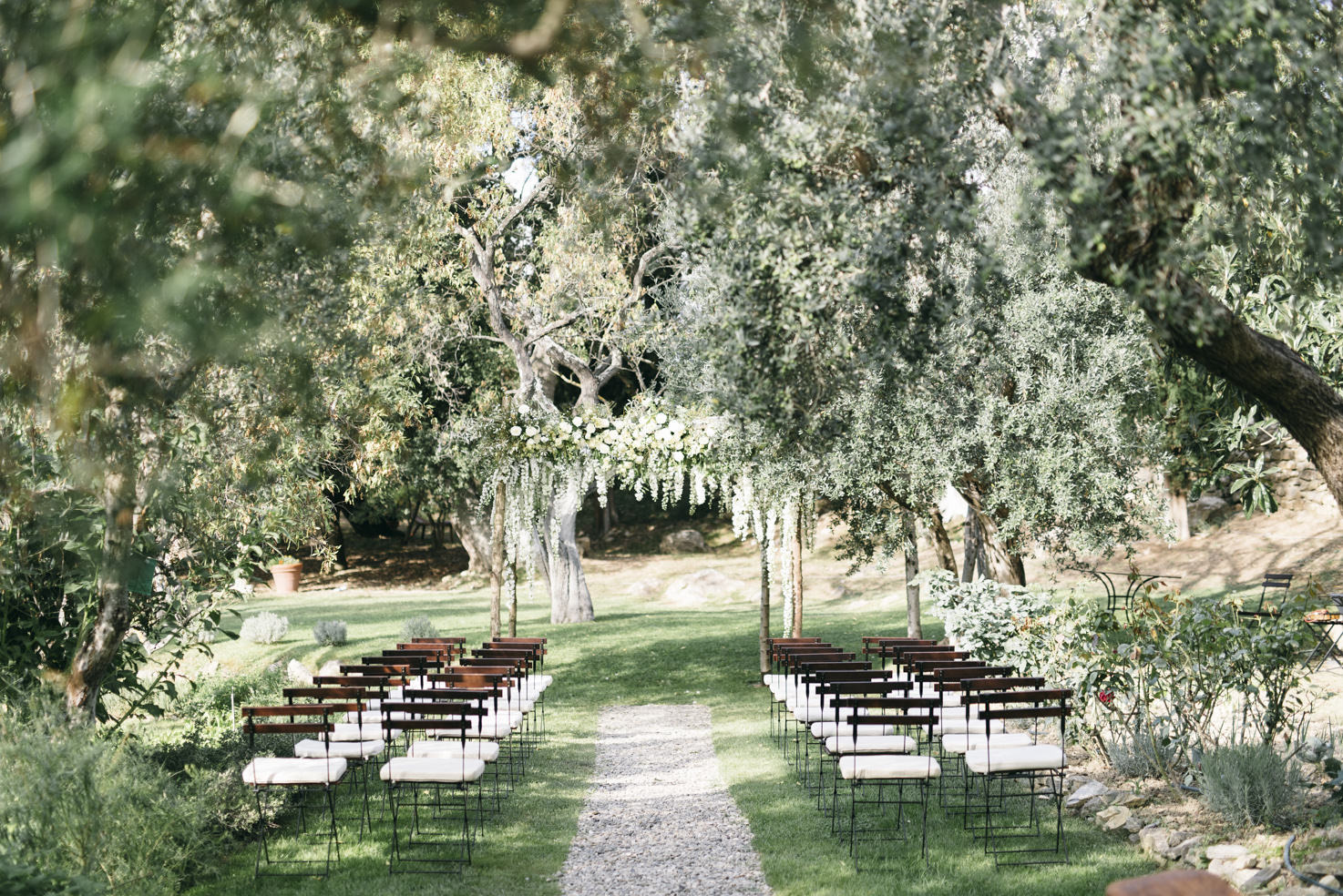 Wedding ceremony at Castello di Vicarello