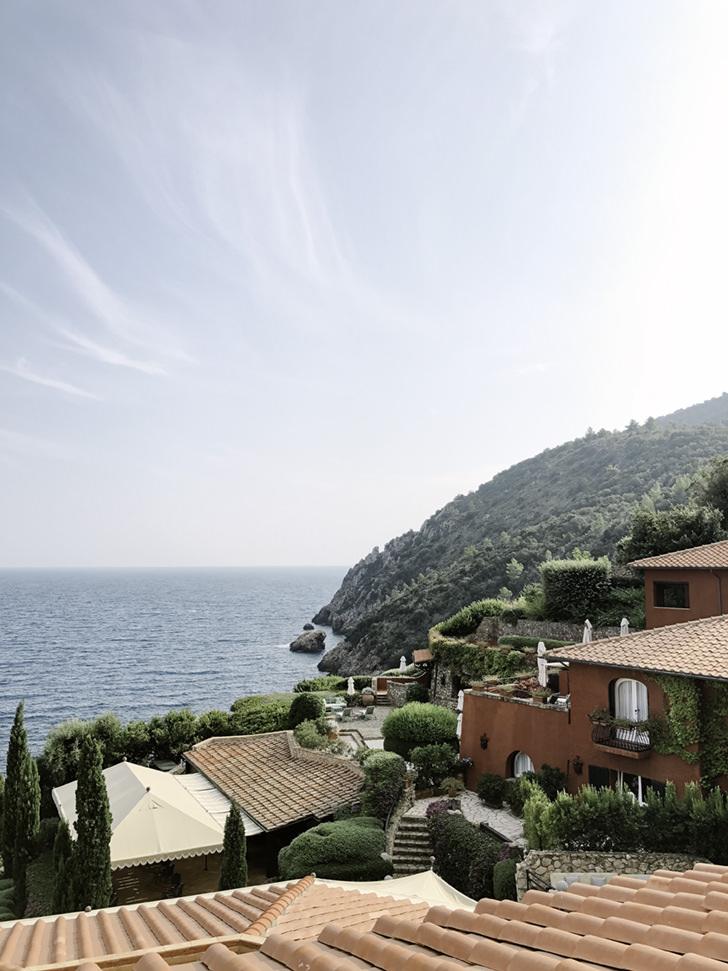 Exterior of Il Pellicano