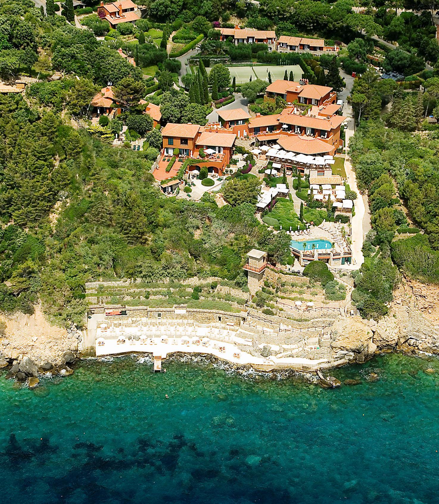 Aerial view of Il Pellicano, Tuscany