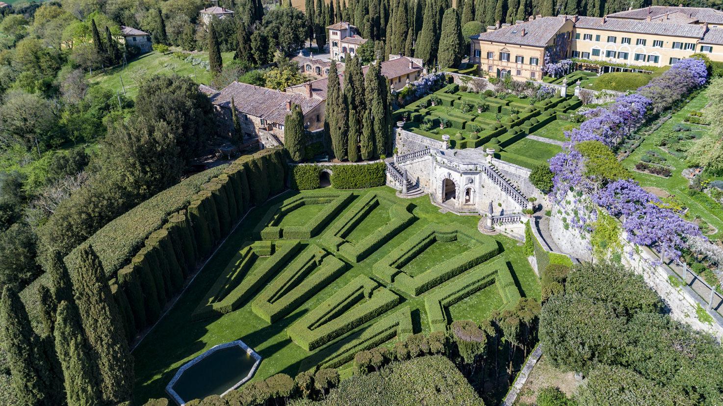 Overview of Villa La Foce