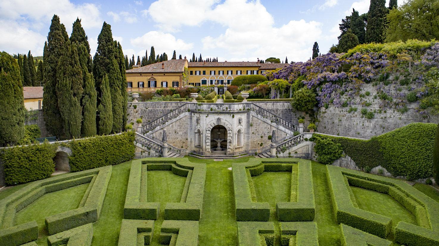 Façade and gardens of Villa La Foce