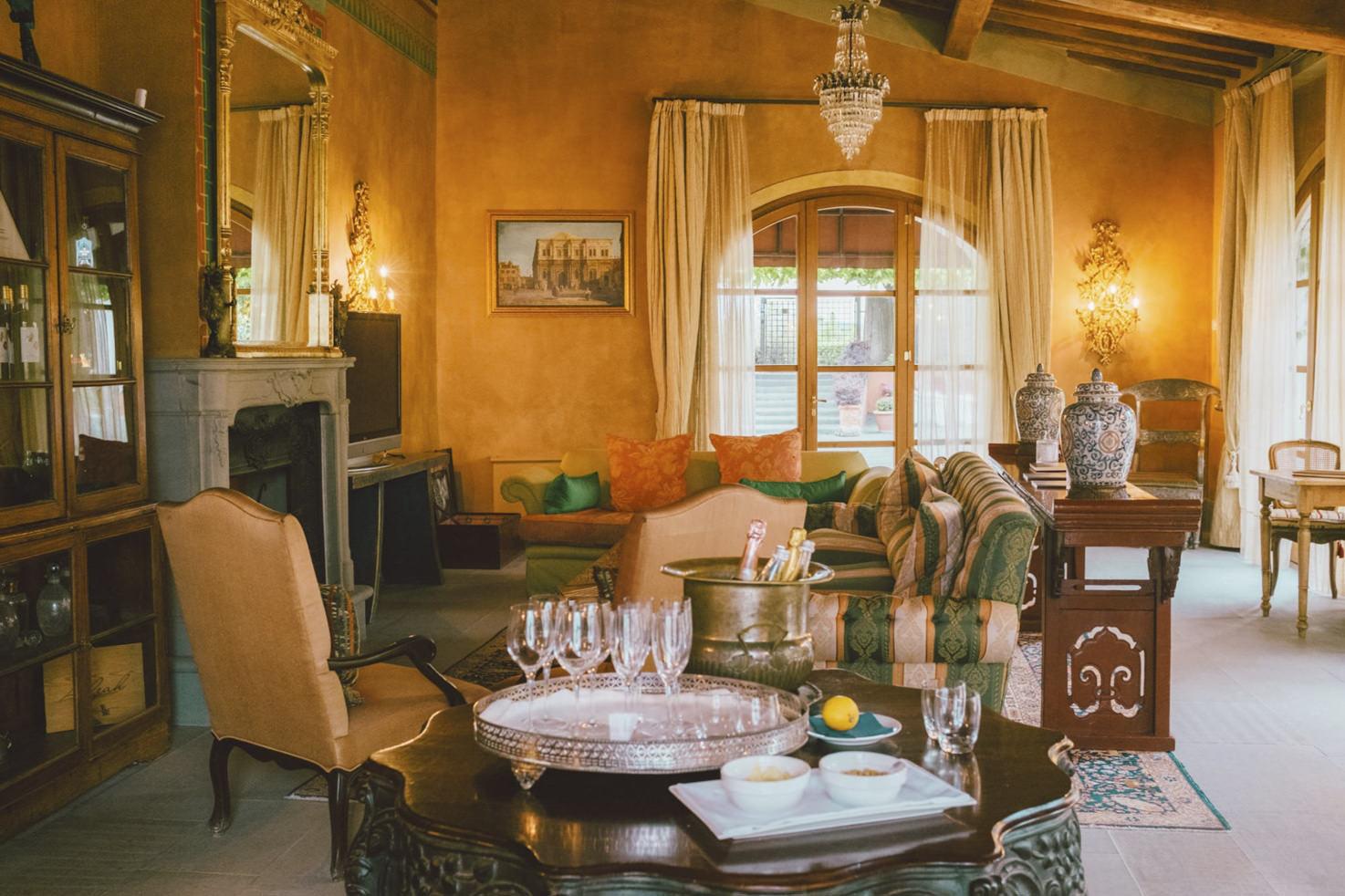 Reception of Villa Mazzei