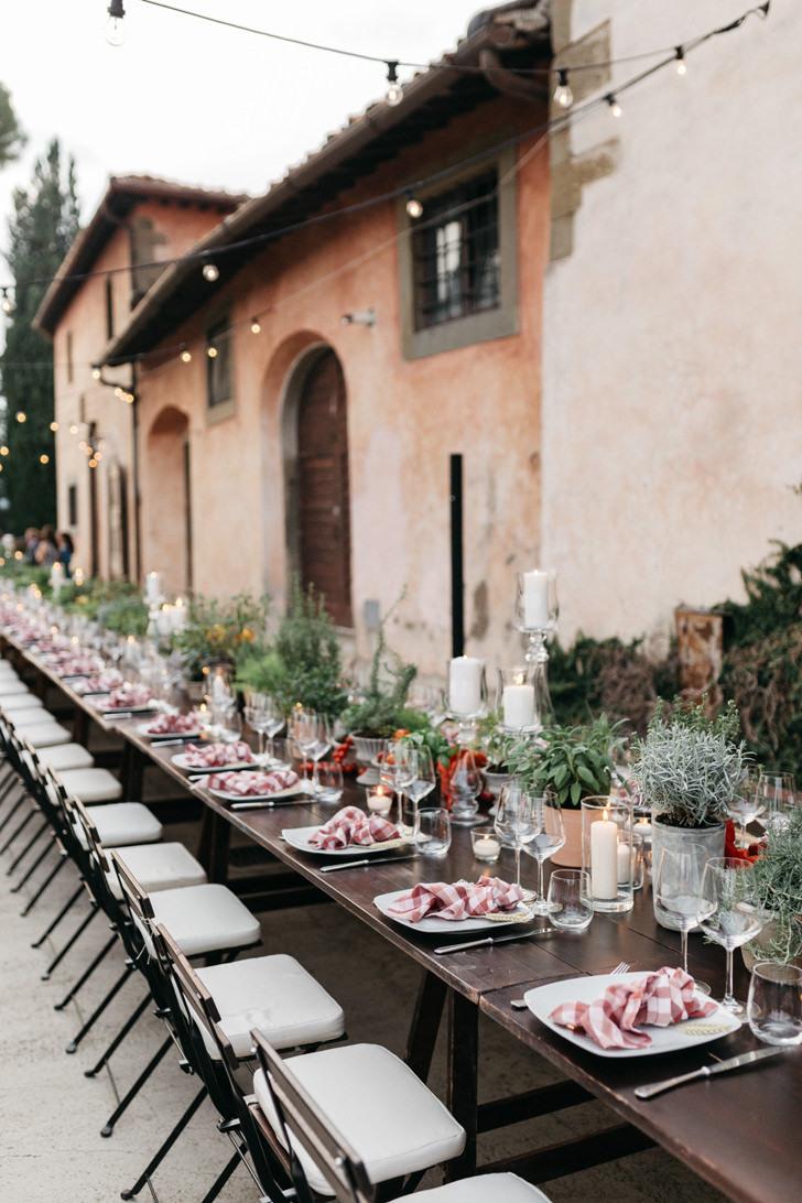 Reception table at Villa Vignamaggio