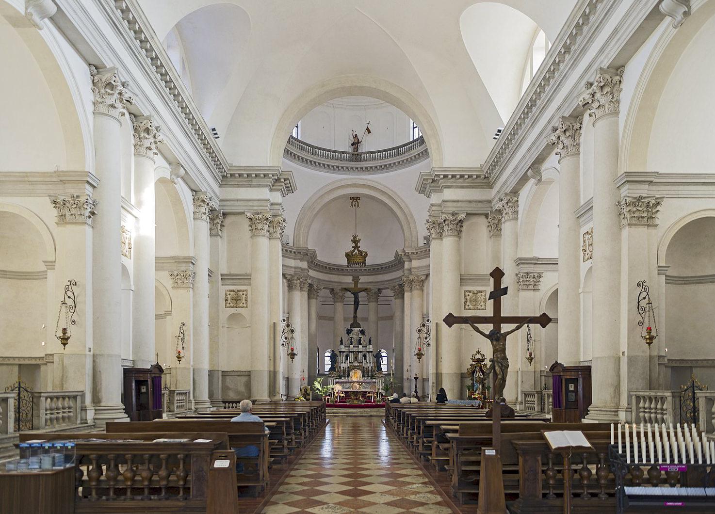Interior of Basilica del Redentore