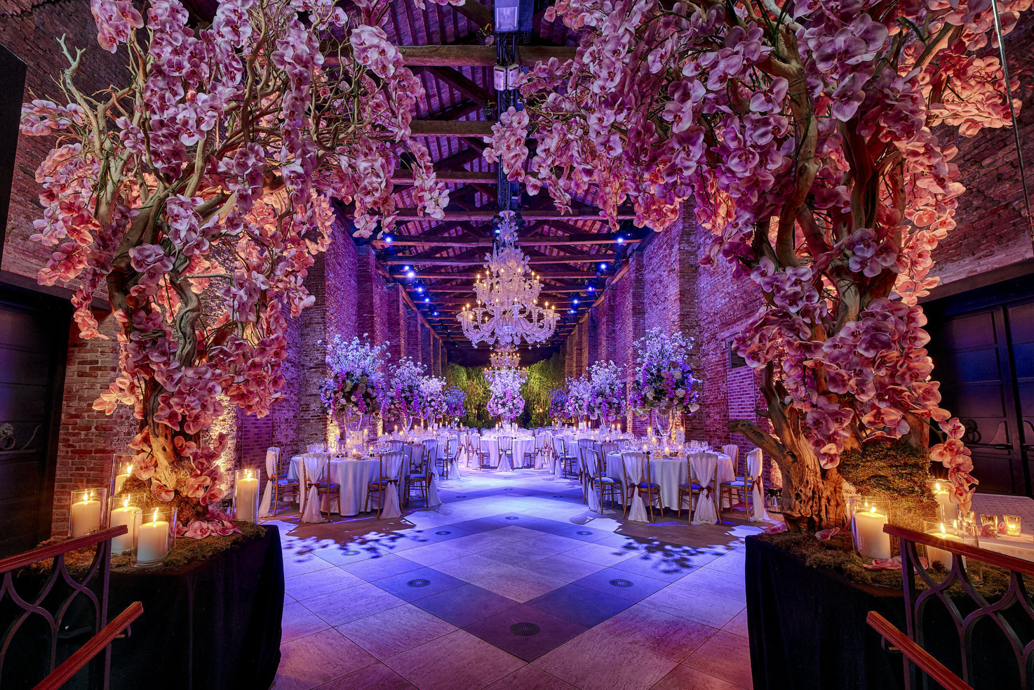 Flower decorations for wedding reception