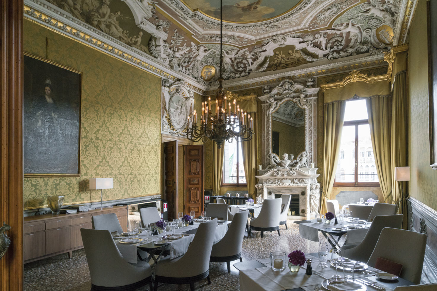 Dining room of Aman Hotel