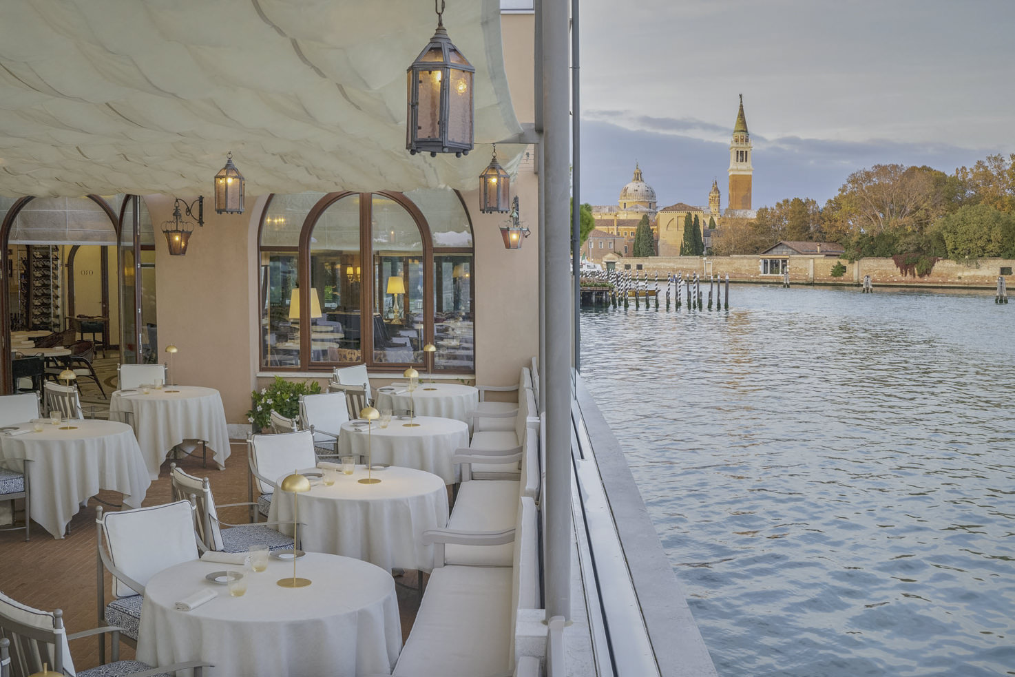 Terrace restaurant with sea view