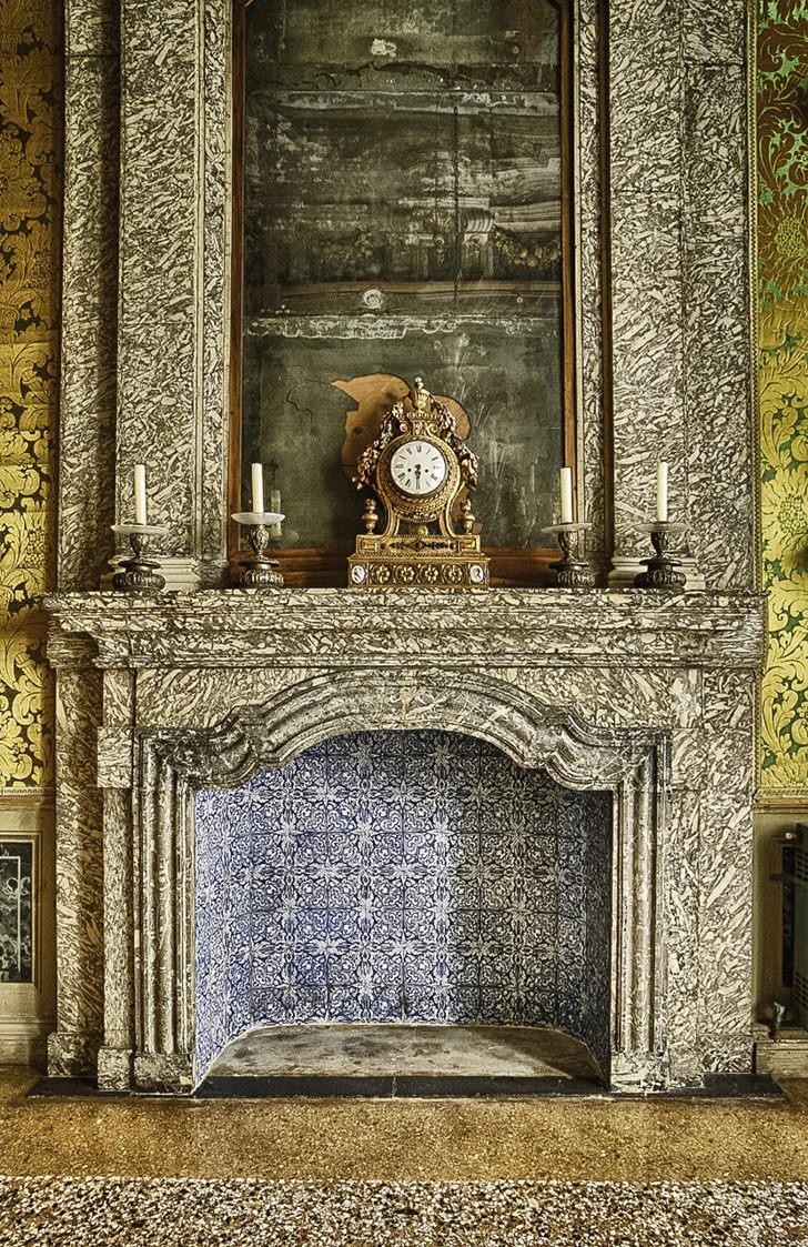 Palazzo Pisani Moretta, marble fireplace