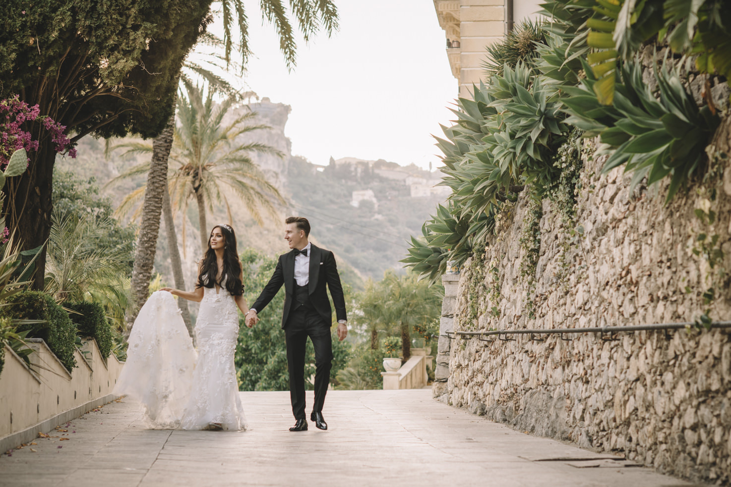 Bride and groom in Sicily