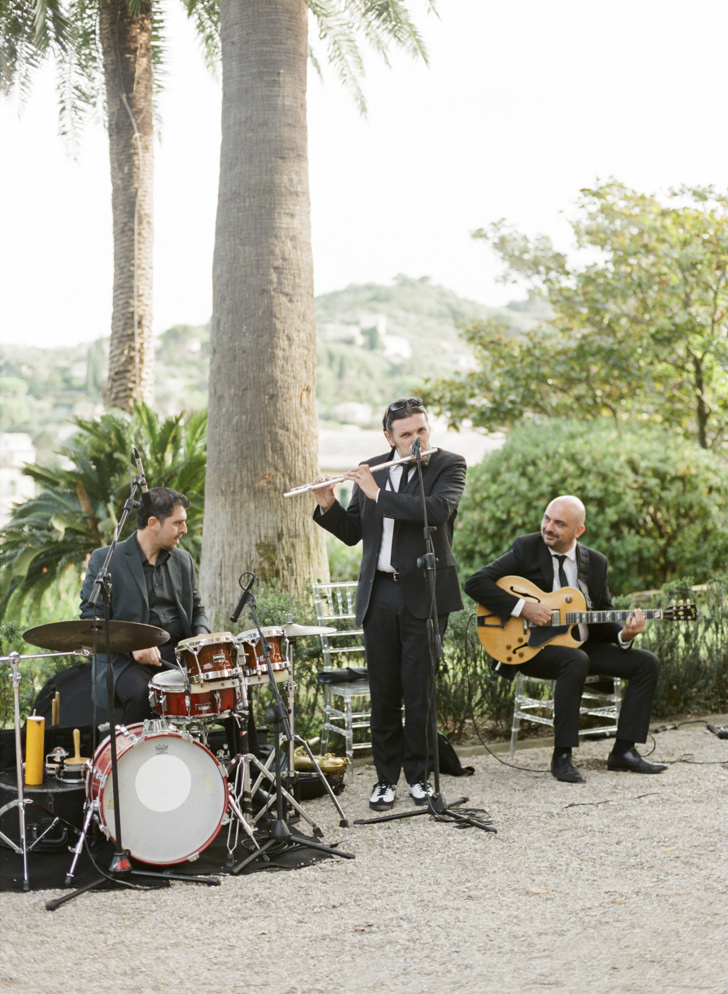 Music band for wedding cocktail