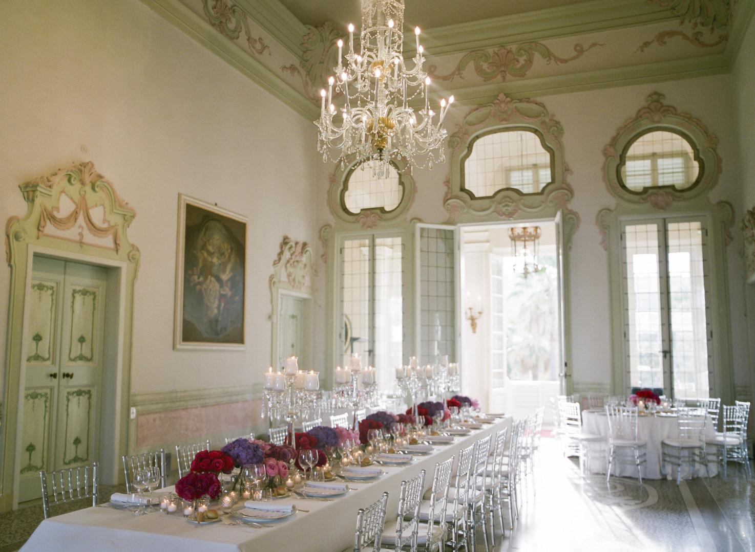 Frescoed hall for wedding banquets