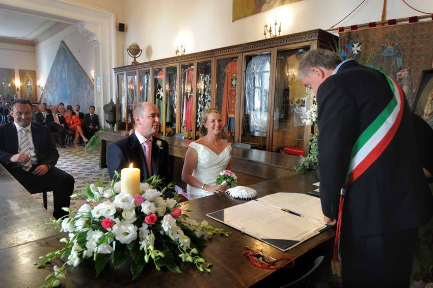 Civil ceremony in Amalfi town hall