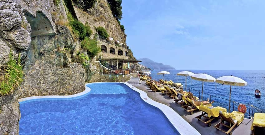Luxury hotel for Amalfi weddings