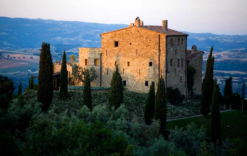 Castello di Vicarello for weddings in Tuscany