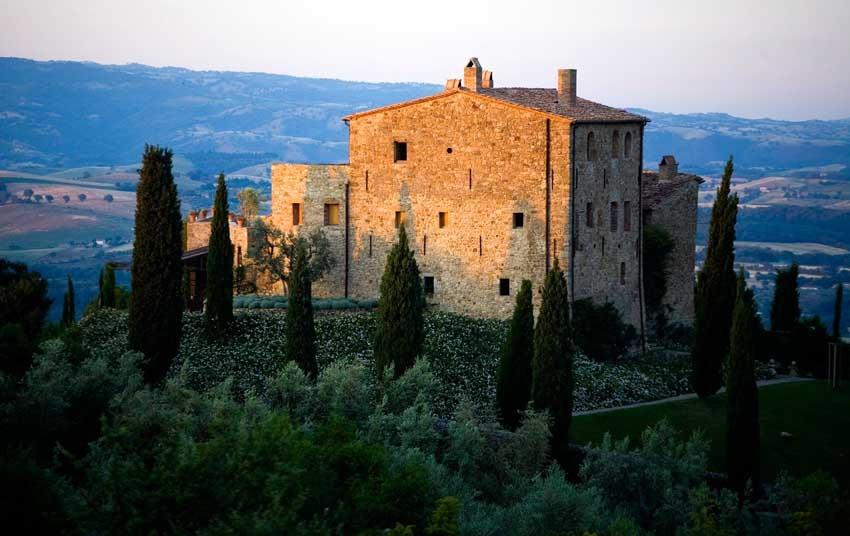Castello di Vicarello for weddings in Tuscany