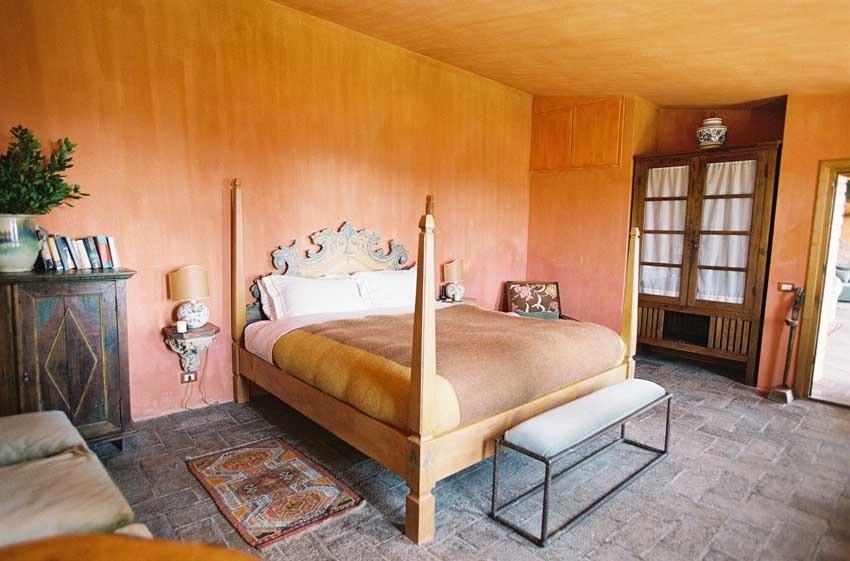 Suite at Castello di Vicarello in Tuscany