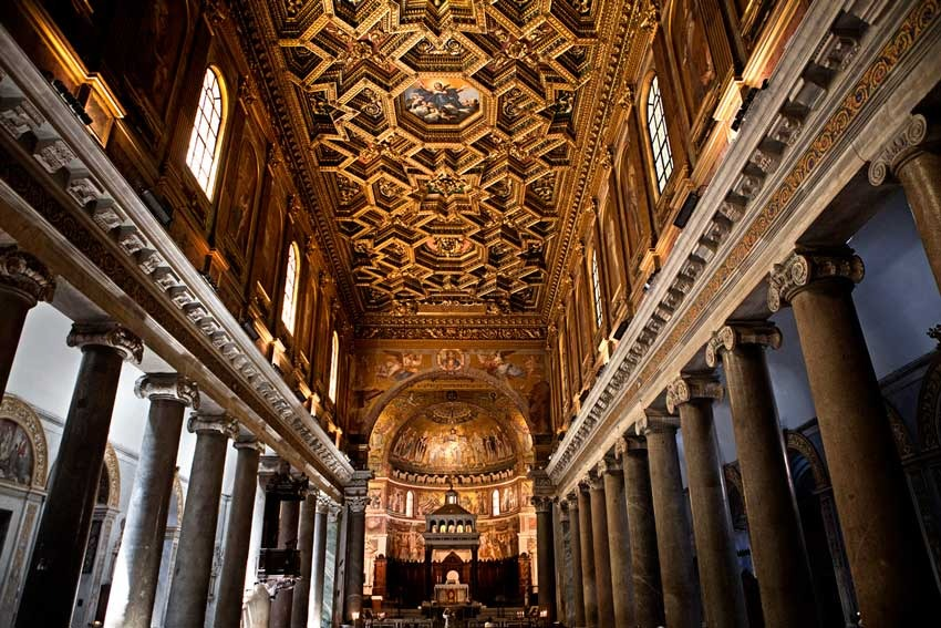 Church of Santa Maria in Trastevere for catholic weddings in Rome