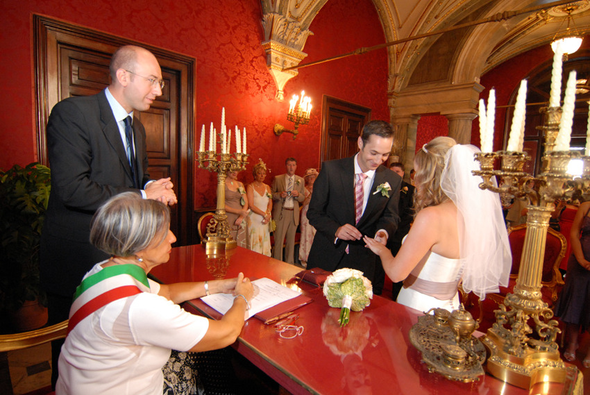 Civil wedding in Rome Campidoglio