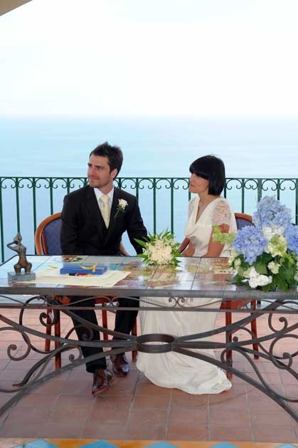 Outdoor civil wedding in Positano