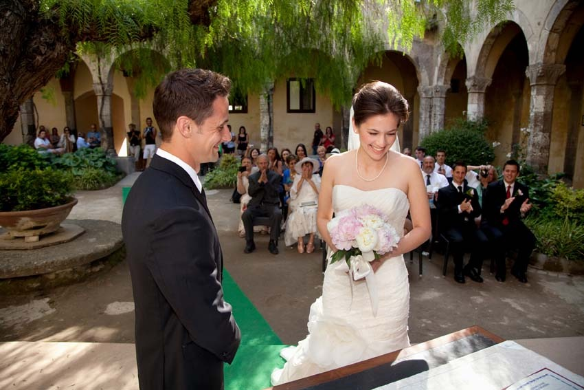 Destination wedding in Sorrento with civil ceremony