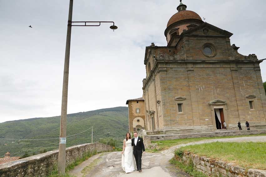 Church for catholic weddings in Tuscany