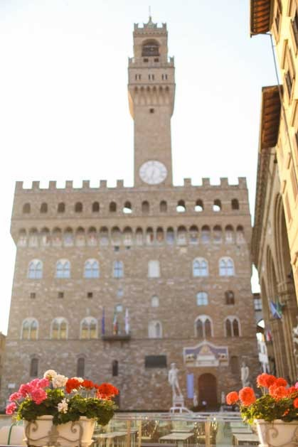 Civil ceremony in Florence Town Hall Palazzo Vecchio
