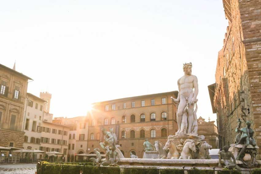 Civil wedding in Florence Piazza della Signoria
