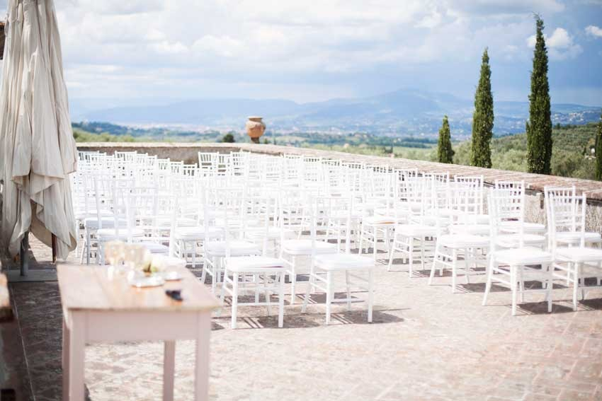 Outdoor wedding ceremony at Villa di Lilliano near Florence