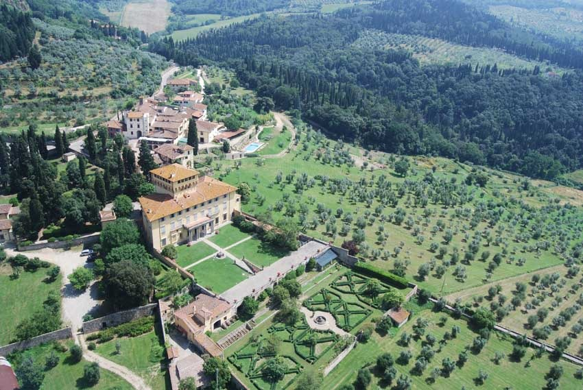 Aerial view of Villa di Maiano for weddings in Florence