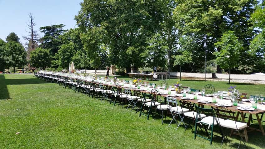 Outdoor wedding reception at Villa Corsini in the countryside near Florence