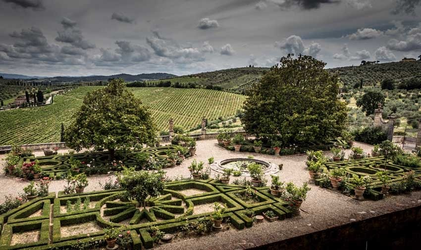 Gardens of Villa Corsini for weddings in the countryside near Florence