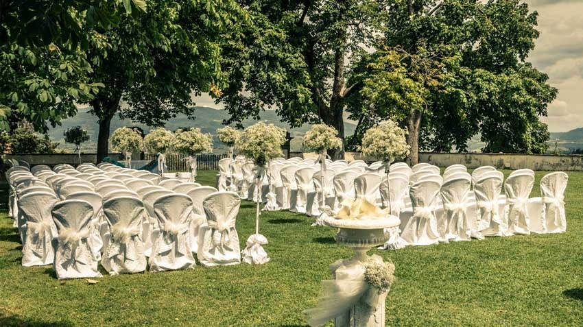 Outdoor wedding ceremony at Villa Corsini in the countryside near Florence