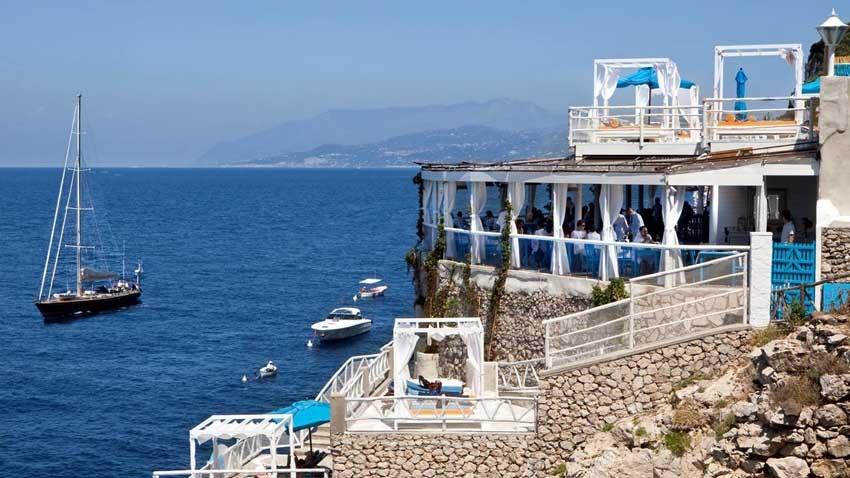 Panoramic restaurant for wedding receptions in Capri