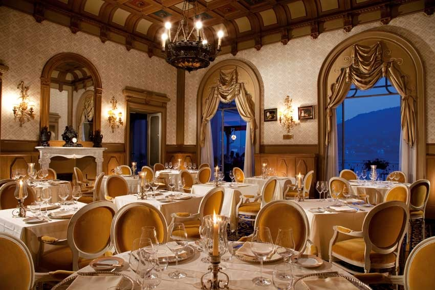 Hall of Grand Hotel Tremezzo for weddings on Lake Como