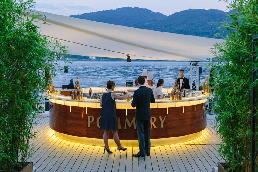 Bar of Grand Hotel Tremezzo by the shore on Lake Como