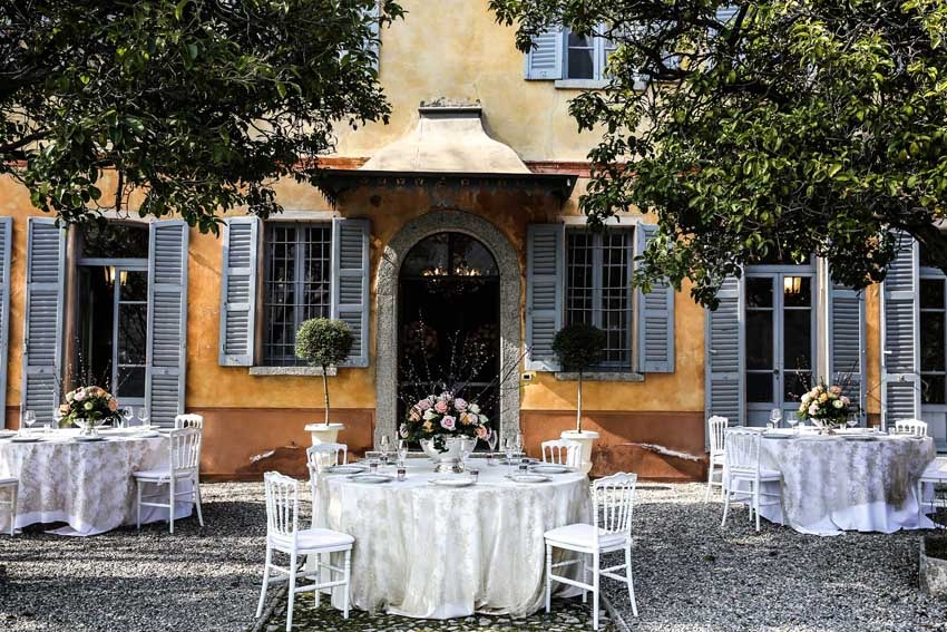 Outdoor wedding reception at Villa Regina Teodolinda on Lake Como