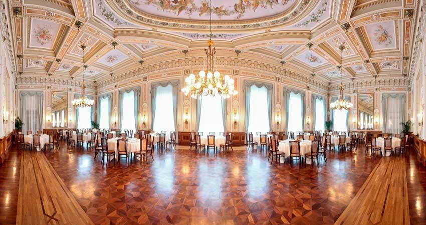 Hall of Villa Serbelloni for luxury weddings on Lake Como