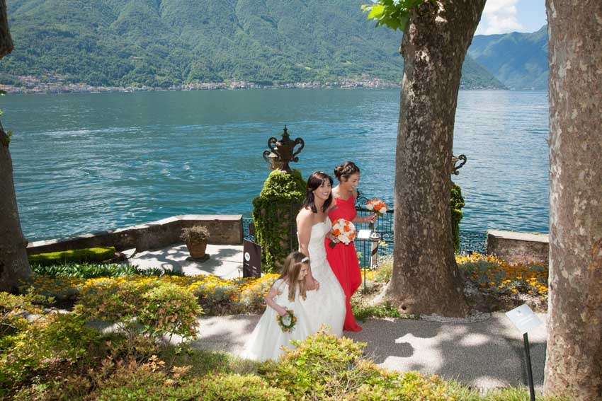 Arrival of the bride at Villa Balbianello for Lake Como weddings