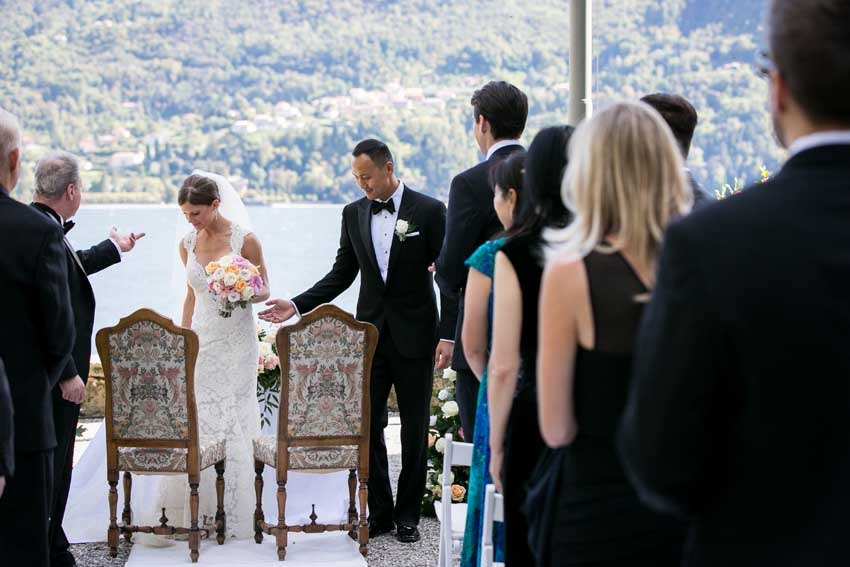 Destination wedding on Lake Como with civil ceremony at Villa Carlotta
