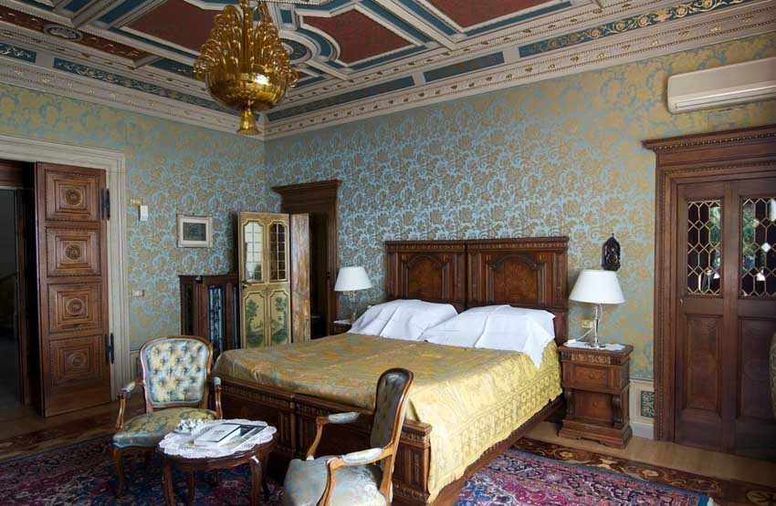 Accommoation at Villa Fiordaliso on Lake Garda