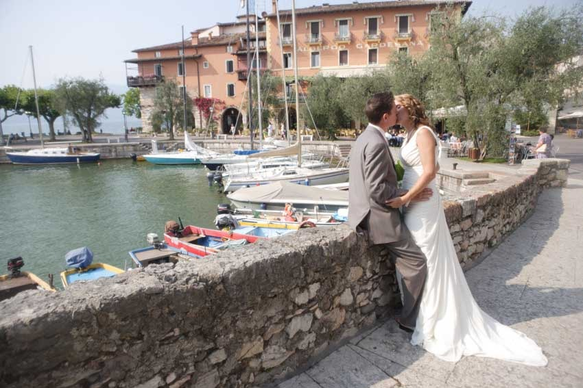 Civil wedding at Torri del Benaco on Lake Garda