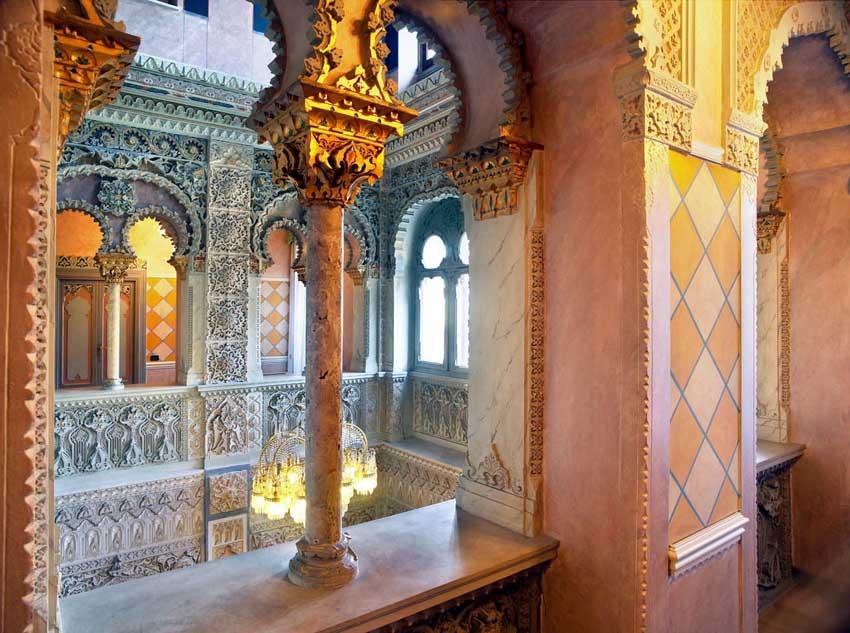 Balcony of Villa Crespi for Lake Orta weddings