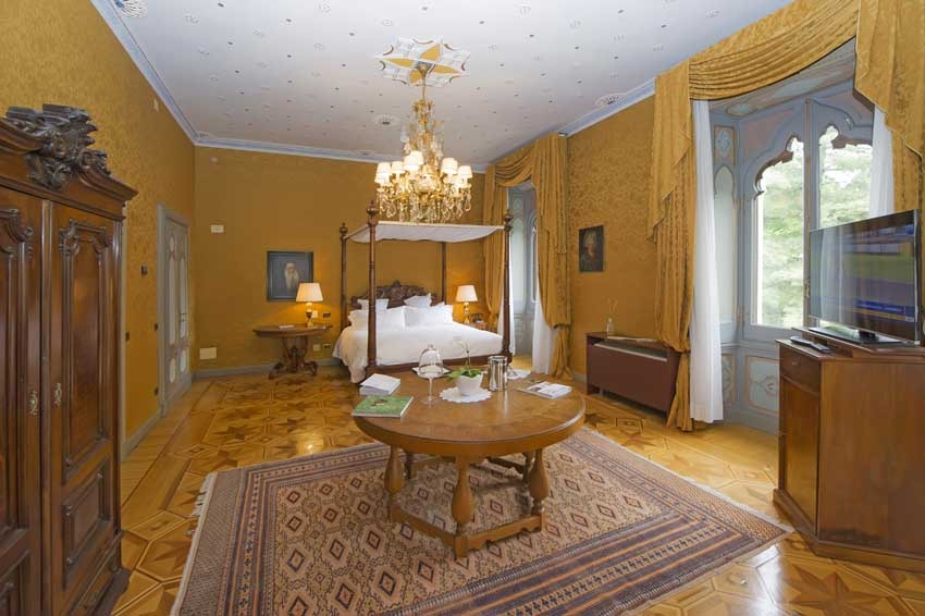 Suite of Villa Crespi for Lake Orta weddings