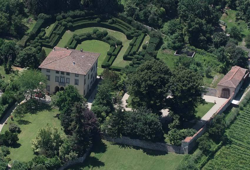 Aerial view of Villa Bernardini for Tuscany weddings in Lucca