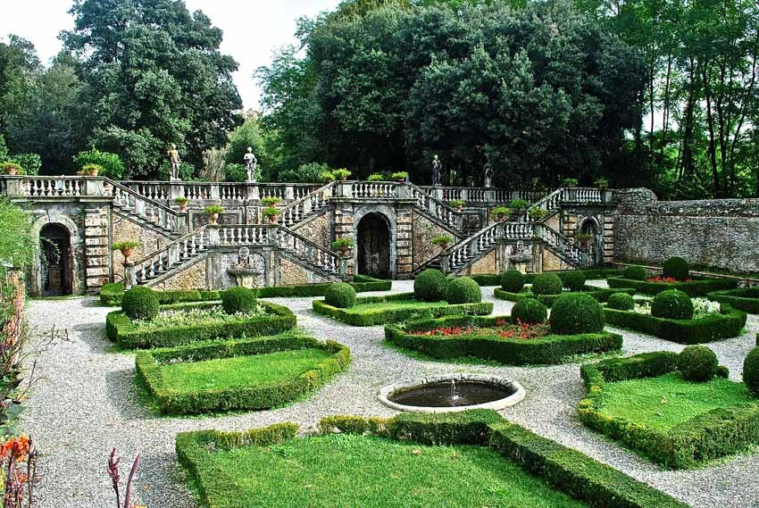 Lucca for destination weddings in Tuscany