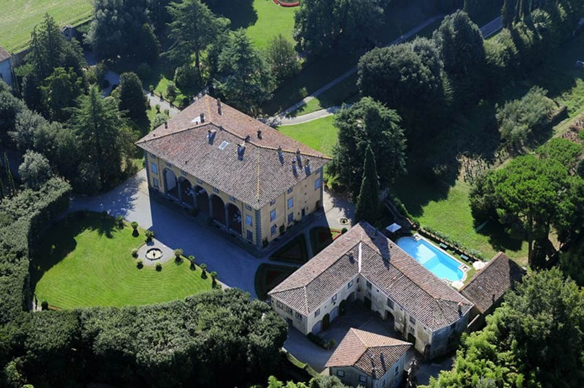 Aerial view of Villa Oliva and its gardens in Lucca