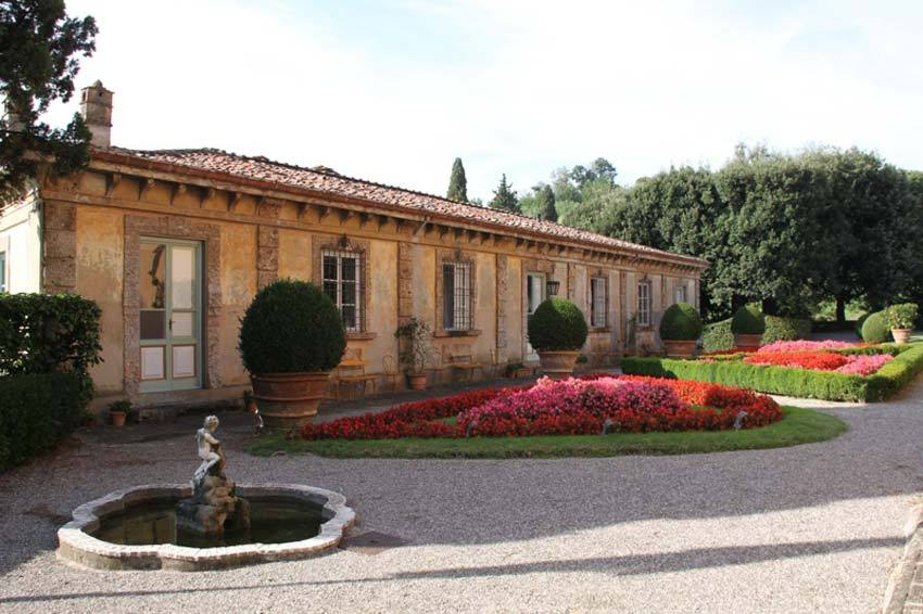 Gardens of Villa Oliva for Tuscany weddings in Lucca