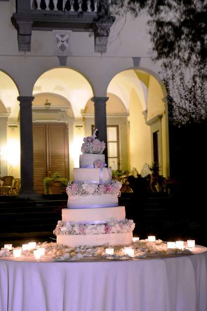 Wedding cake for Lucca wedding at Villa Bernardini